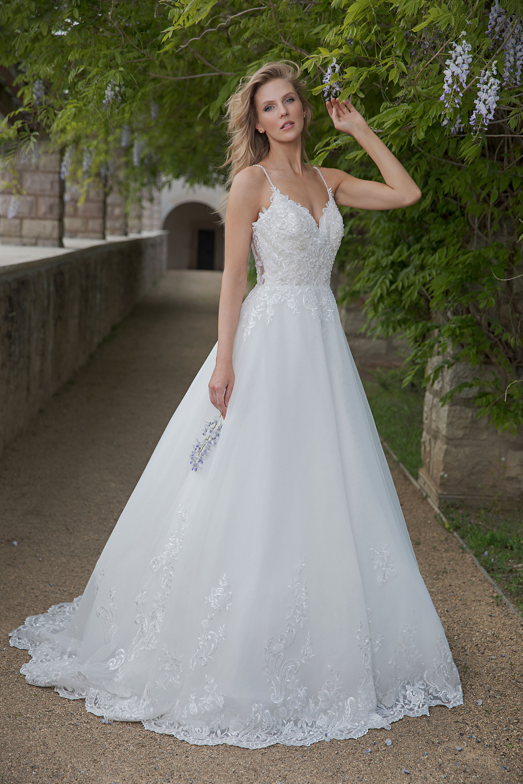 Amera Vera Brautkleid Almonda - Fashion Queen GmbH